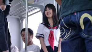 Pretty Asian XXX Schoolgirl Likes Sex In Train